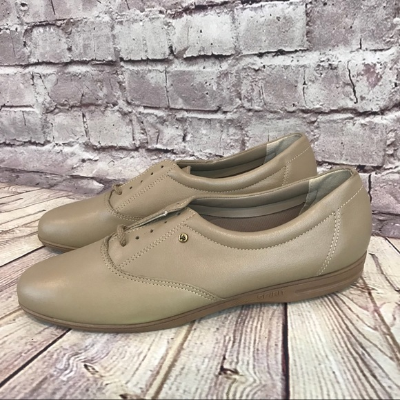 c129a039d8 Easy Spirit Shoes | Motion Leather Oxfords Lace Up | Poshmark